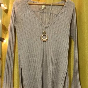 We The Free Lavender V-Neck Sweater size S
